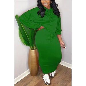 Green Drawstring Sweatshirt Skirt Set Size M